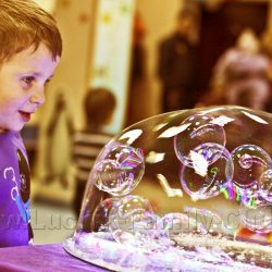 Мини шоу мыльных пузырей от детских аниматоров