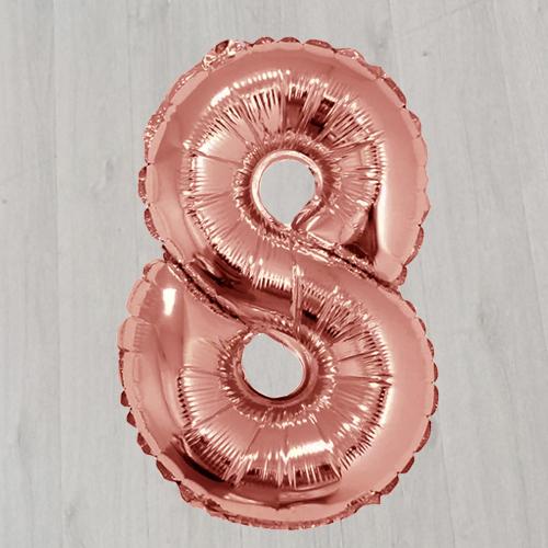 Цифра 8 42 дюйма фольгированная с гелием