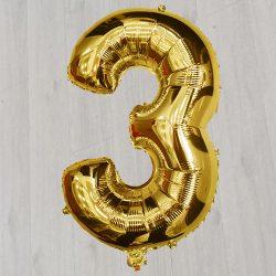 Цифра 3 золотоая шарик с гелием сорок два дюйма